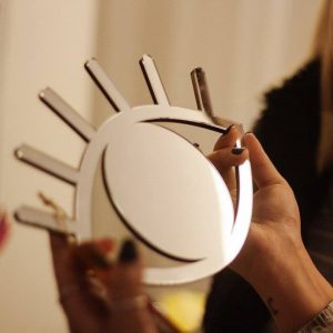 Espelho de Parede Olho Prata Ambientado 3 | Wall Done