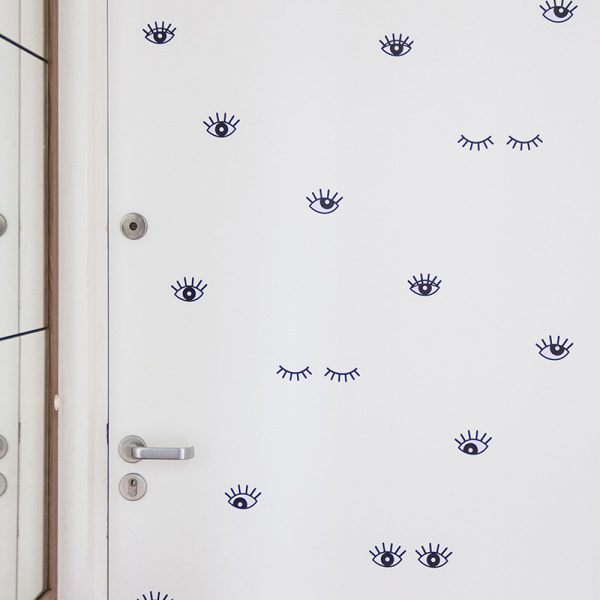Adesivo de Parede Olhos Ambientado | Wall Done