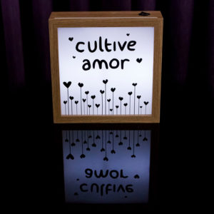 Lightbox Cultive Amor 2 | Wall Done