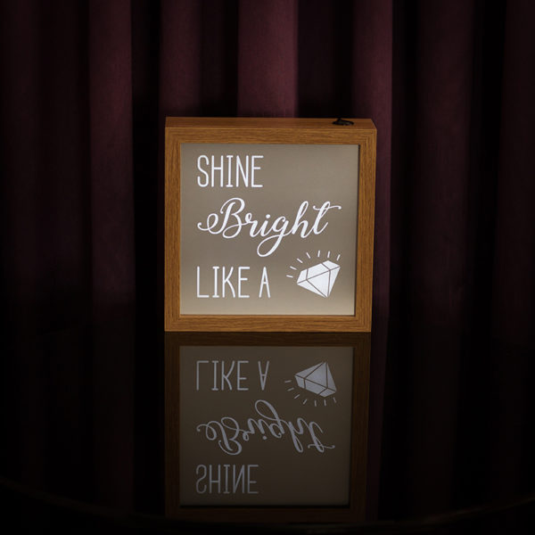 Lightbox Diamond | Wall Done