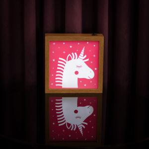 Lightbox Unicornio | Wall Done